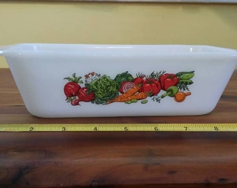 Glasbake Vegetable Melody loaf pan.