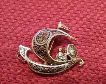 Vintage Spanish Damascene Brooch