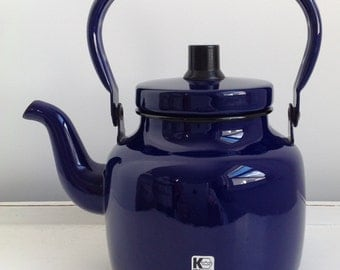 Retro Blue Enamel Stove-Top Kettle