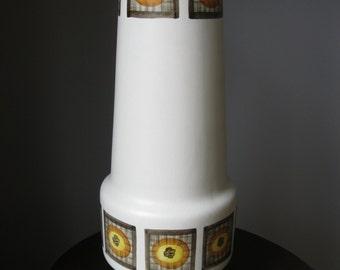 Vintage Radfords Pop Art Vase.