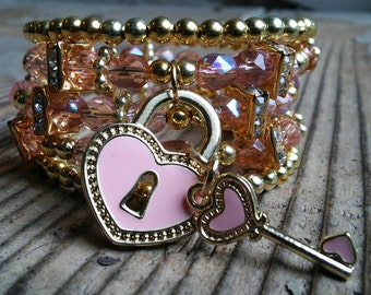 Key and heart lock bracelet