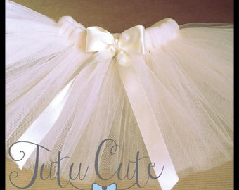 New born tutu skirt. Perfect for photoshoot.