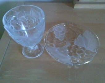 Bunches of Grapes* Designed Wine Glass/Goblet and* Desert Plate with Gold Trim*