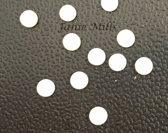 Mother of Pearl 5mm cabochon genuine pkg of 2
