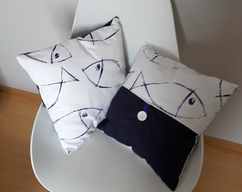 Cushion with the reasons of fish