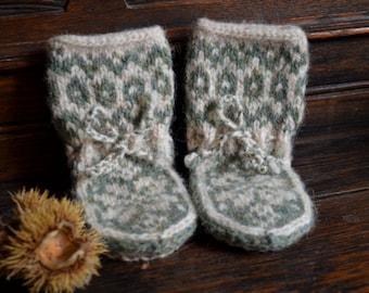 Elwin Baby Slipper Socks size 6-12 months