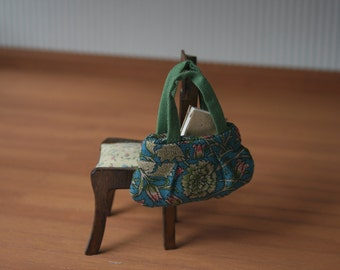 Dollhouse purse, openable, fully lined, miniature shoulder bag, modern dollhouse, ,1:12 scale