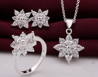snowflake crsytal necklace set