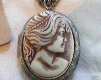 Victorian Cameo Locket Necklace