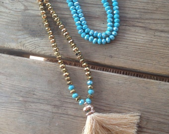 Tassel necklace with crystals