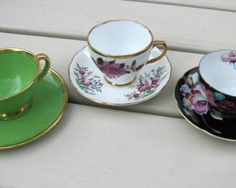 Afternoon tea cups, Vintage tea cups and saucers, Tea cups, Fleur de Lis Tea Cup, 3 cups and saucers, 5 o'clock tea