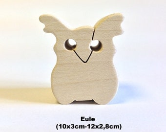 Wooden figure Owl
