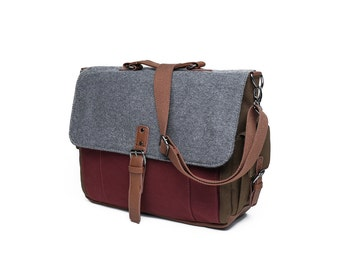 Tri-Color Canvas and Wool Messenger Bag in Maroon/Grey/Olive (SS701)