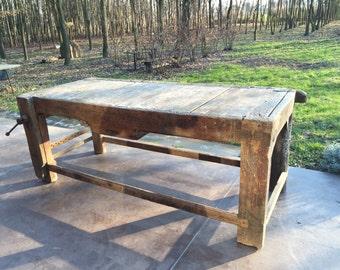 Carpenter's fine antique table 800