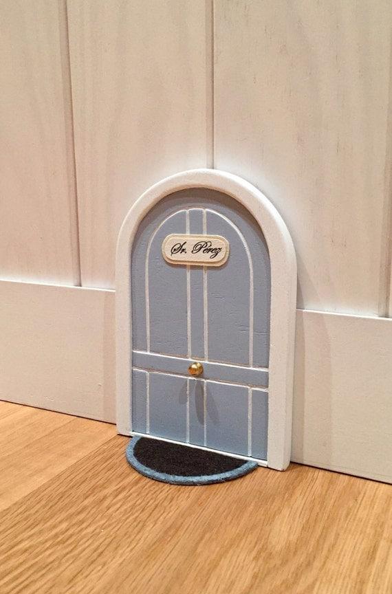 Puerta redona estilo ingl s del ratoncito por - Puerta ratoncito perez el corte ingles ...