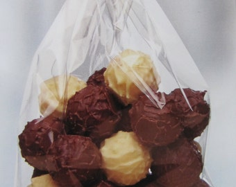 10 sachets cello confectioner 120x225mm flat neutral background to pack candies and cakes