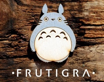 Wooden brooch my naighbor totoro