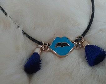 Blue lip necklace
