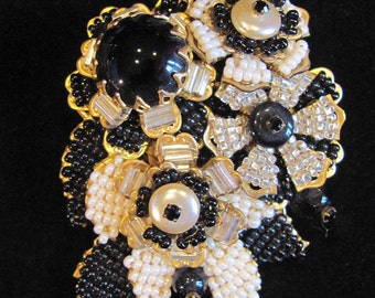 Vintage STANLEY HAGLER NYC Ian St Gielar Large Signed Black & White Seed Bead Pearl Jet Cabochon Brooch Pin High End Estate Costume Jewelry