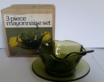 Olive Indiana Glass 3 Piece Mayonnaise Set