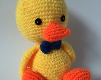 Amigurumi Duck Crochet - Duck Chick Stuffed Animal - Baby Shower's Gifts - Yellow and soft toy for babies, children or for decoration