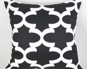BLACK LATTICE cushion