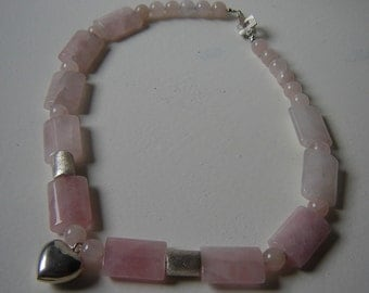 Very sweet necklace with silver heart - 925 Rose Quartz