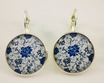 Earring from Blue and White Collection