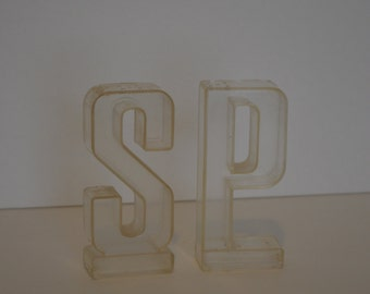 Vintage Clear S & P Shakers