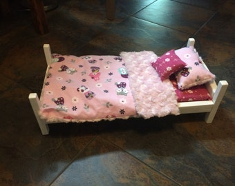 Doll bed in handmade