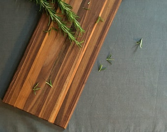 Walnut Chopping Board with Cherry detail