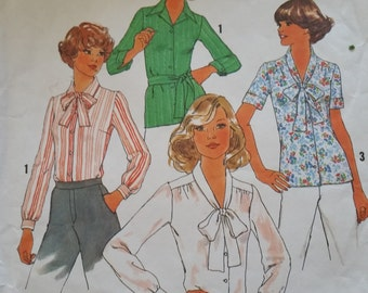 1970's Simplicity Pattern No. 7896 Women's  Blouses tie with belt or bow