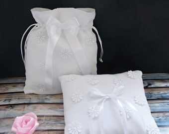 Set of dollar dance bag and ring pillow with lace flowers, Wedding money bag and ring bearer pillow, Bride money bag and ring holder cushion