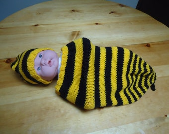 Busy Bee Baby Cocoon set