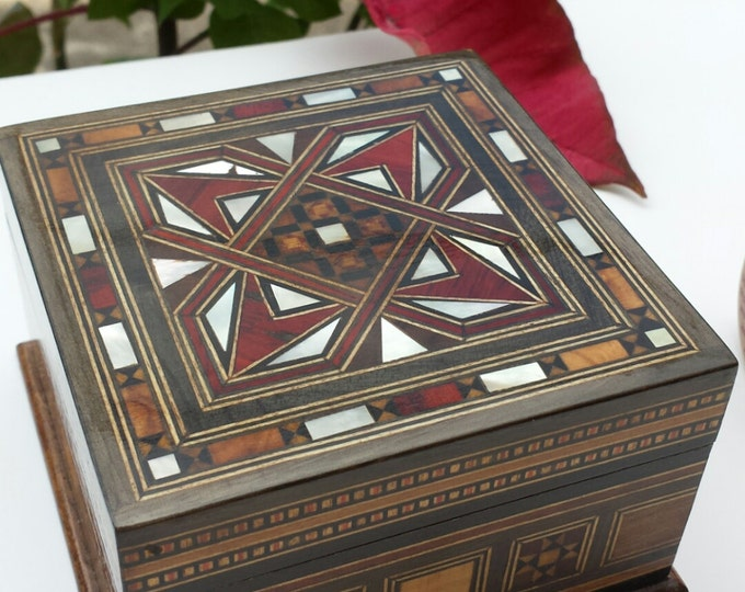 Wooden Jewelry Box, Multipurpose Wooden Storage Box, Ring Box, marquetry wood, Syrian Mosaic, wooden home decor, wood inlay art, trinket box