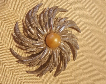 Sarah Coventry Spiral Flower Pin