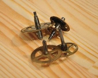 Brass Clock Gears - Steampunk Jewelry Findings - set of 4 - A1