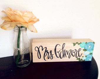 Name plate with flowers!