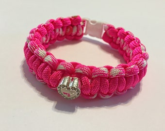 Breast Cancer Awareness Pink & White Heart paracord bracelet