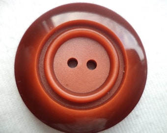 4 large buttons red brown 31 mm (493)