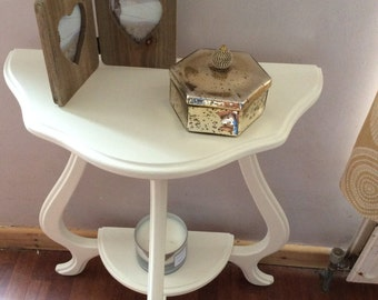 Shabby chic vintage up cycled table