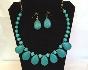Turquoise Teardrop Jewelry Set/Necklace and Earrings /Teardrop/Turquoise Jewelry Set/Turquoise Jewelry/Tear Drop/Turquoise