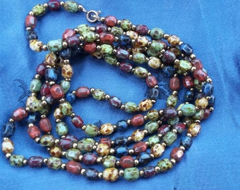 glass bead vintage necklace