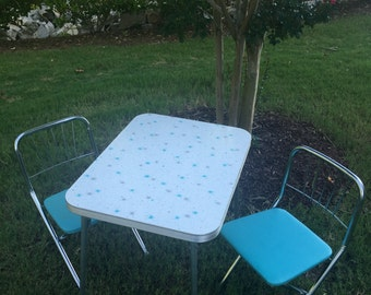 SALE---RARE Vintage Retro 1950s Formica White and Teal Starburst Children's/Kid's Table and Chairs