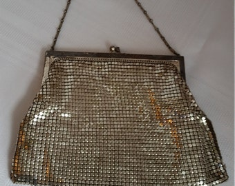 Vintage Whiting and Davis silver tone purse