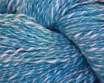 Farmhouse Yarns Silk Blend DK, color SEABREEZE