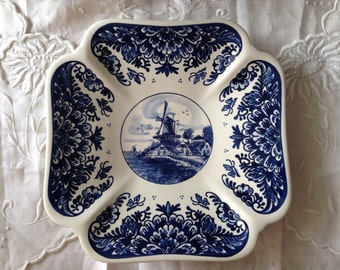 Wall plate handpainted delft blue from Holland