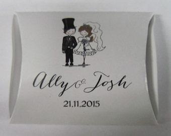 Wedding Favour Box / pillow box Bride and Groom