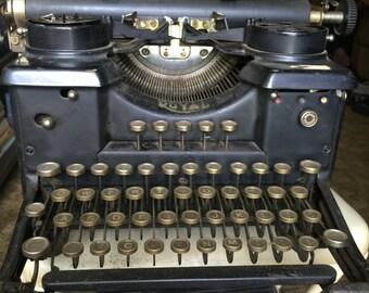 1930s Royal Typewriter