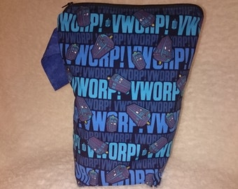 Small Tall Boy in Vworp Vworp Tardis Dr Who Cotton fabric Zip close Knitting/Crochet Project Bag